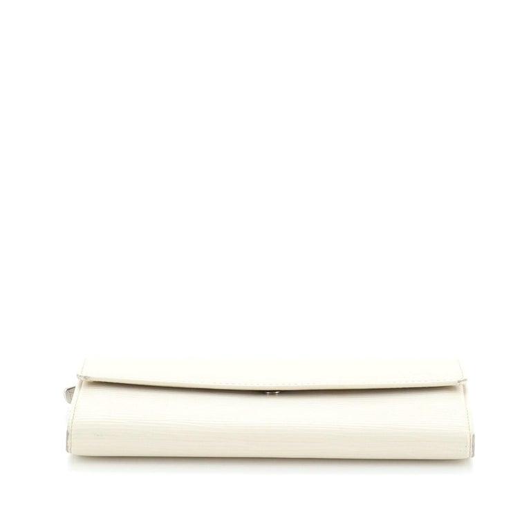 Women's or Men's Louis Vuitton Sarah Wallet Epi Leather For Sale