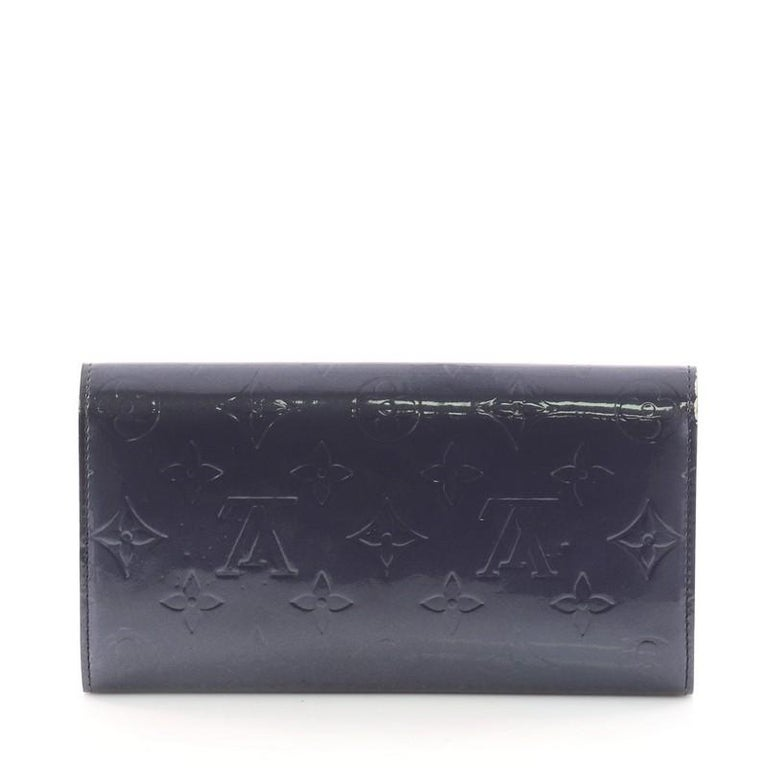 c4802f8a9a2 Louis Vuitton Sarah Wallet Monogram Vernis In Good Condition For Sale In  New York