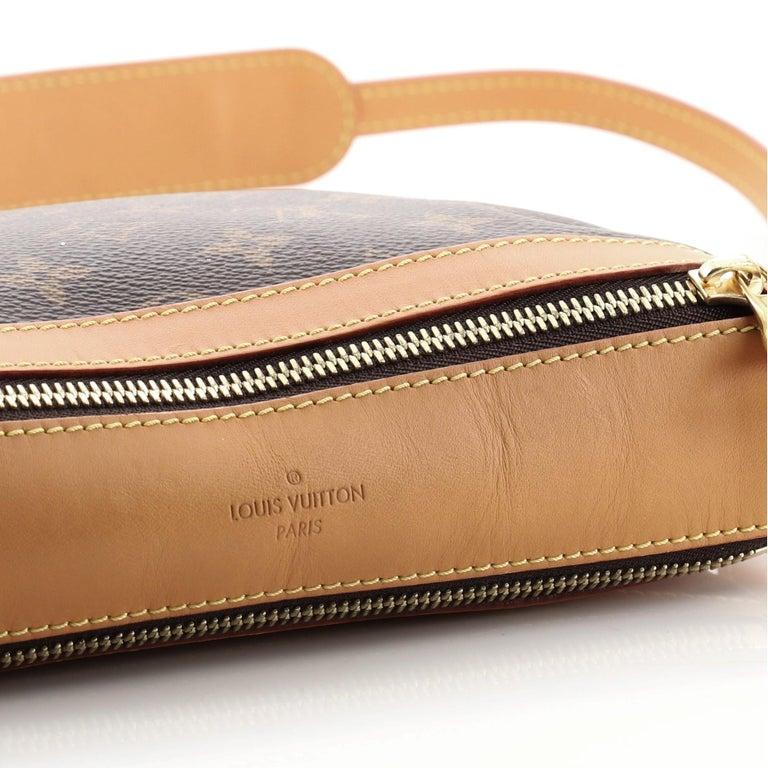 Louis Vuitton Saumur Messenger Bag Monogram Canvas PM For Sale 1