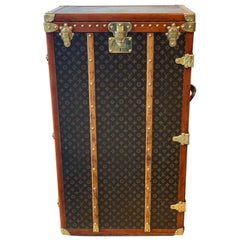 Louis Vuitton Shoe Trunk, circa 1925