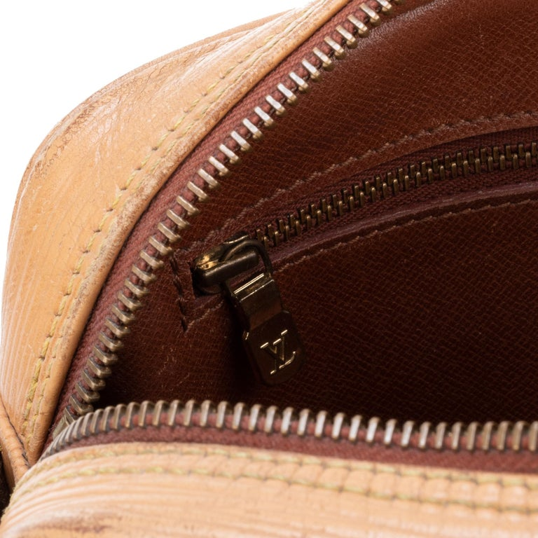 Louis Vuitton Shoulder Bag For Sale 6