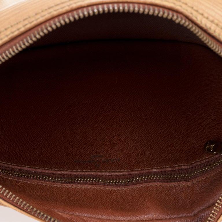 Women's Louis Vuitton Shoulder Bag For Sale