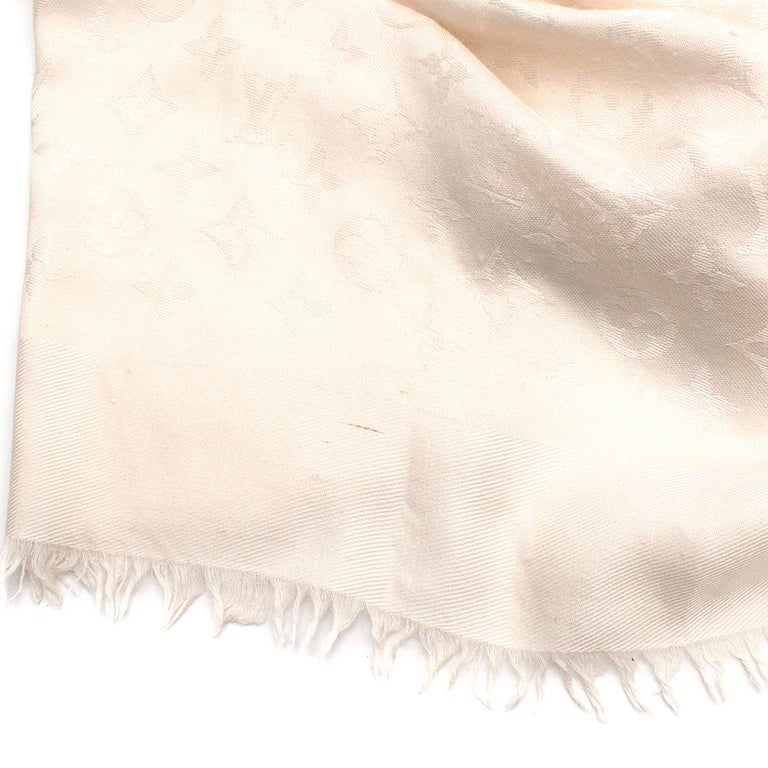 Louis Vuitton Silk & Wool Monogram Cream Scarf In Good Condition For Sale In London, GB