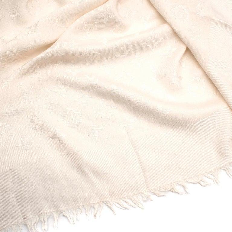 Women's or Men's Louis Vuitton Silk & Wool Monogram Cream Scarf For Sale
