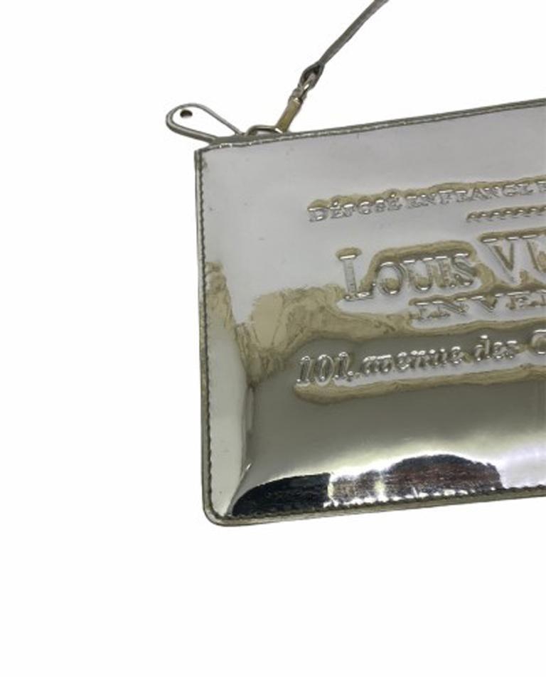 Louis Vuitton Silver Vernice Miroir Pochette LE  For Sale 3