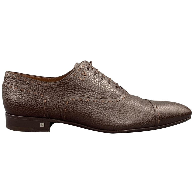 LOUIS VUITTON Size 12 Brown Textured Leather Cap Toe Lace Up Shoes For Sale