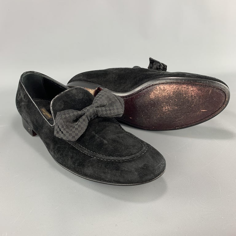 LOUIS VUITTON Size 9 Black Suede Slip On Bow Loafers In Good Condition For Sale In San Francisco, CA