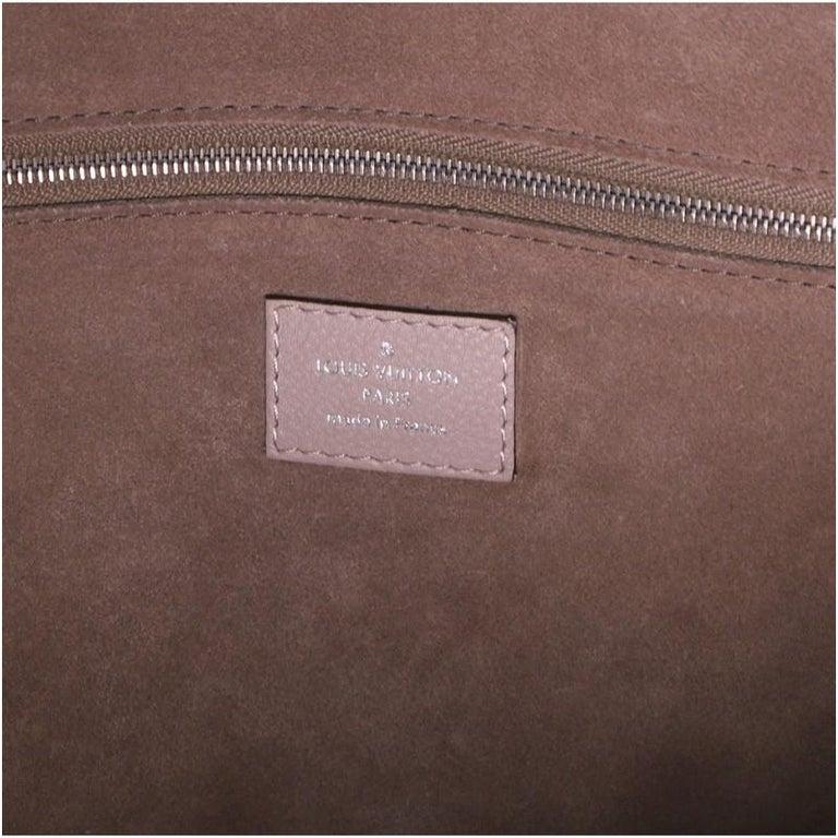Louis Vuitton Soft Lockit Handbag Leather MM For Sale 1
