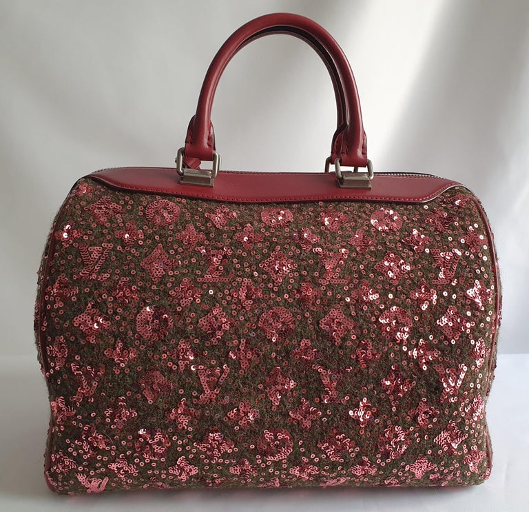 Black Louis Vuitton, Speedy 30 Limited edition in burgundy cloth For Sale