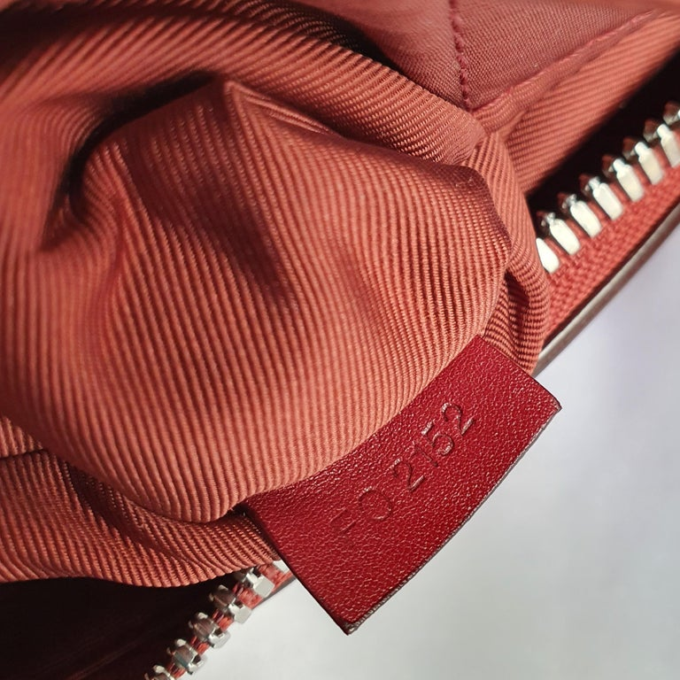 Louis Vuitton, Speedy 30 Limited edition in burgundy cloth For Sale 2