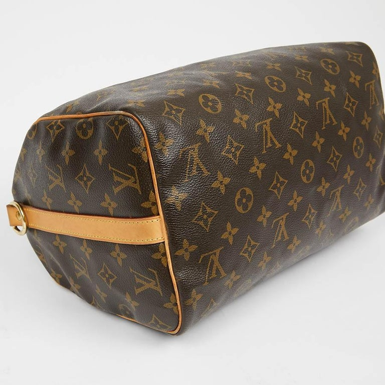 Louis Vuitton Speedy 30 Shoulder Bag Monogram Canvas In Excellent Condition For Sale In Paris, FR