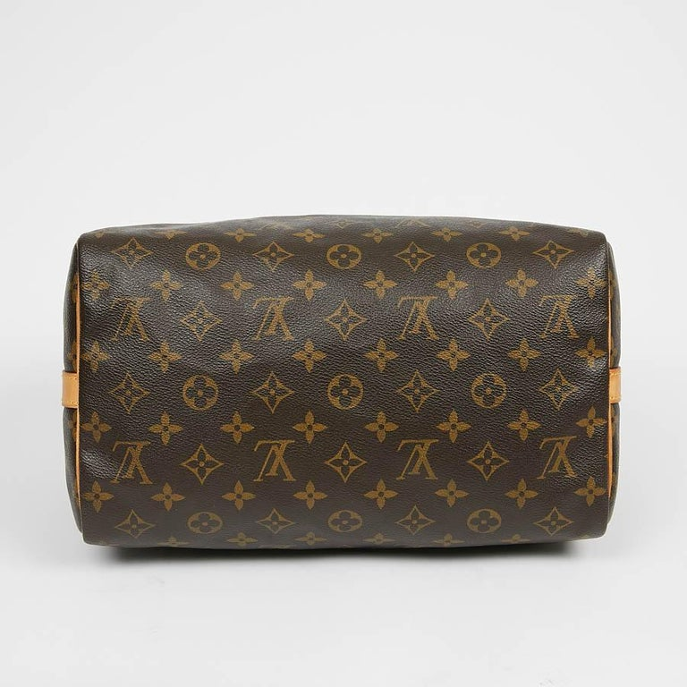 Women's Louis Vuitton Speedy 30 Shoulder Bag Monogram Canvas For Sale