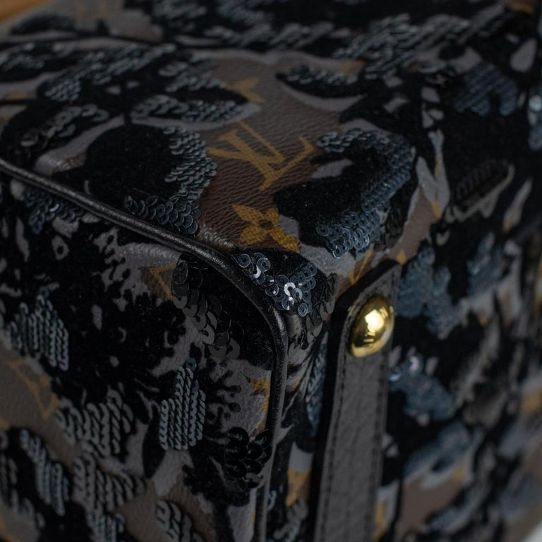 LOUIS VUITTON Speedy Fleur de jais Handbag in Black Canvas For Sale 5
