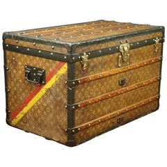 Louis Vuitton Steamer Monogram Trunk in Woven Canvas, circa 1900-1909