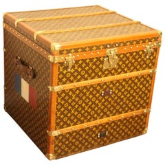 Louis Vuitton Steamer Trunk, Louis Vuitton Cube Trunk, Louis Vuitton Trunk