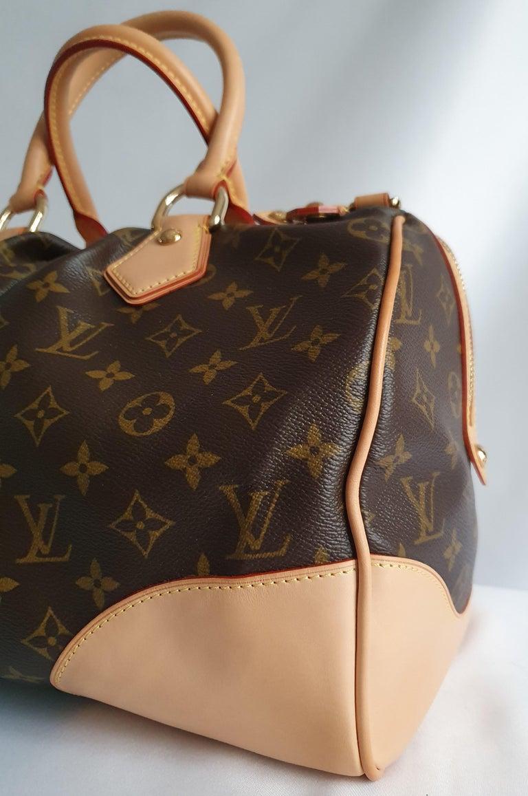 Louis Vuitton, Stephen Monogram in brown canvas For Sale 4