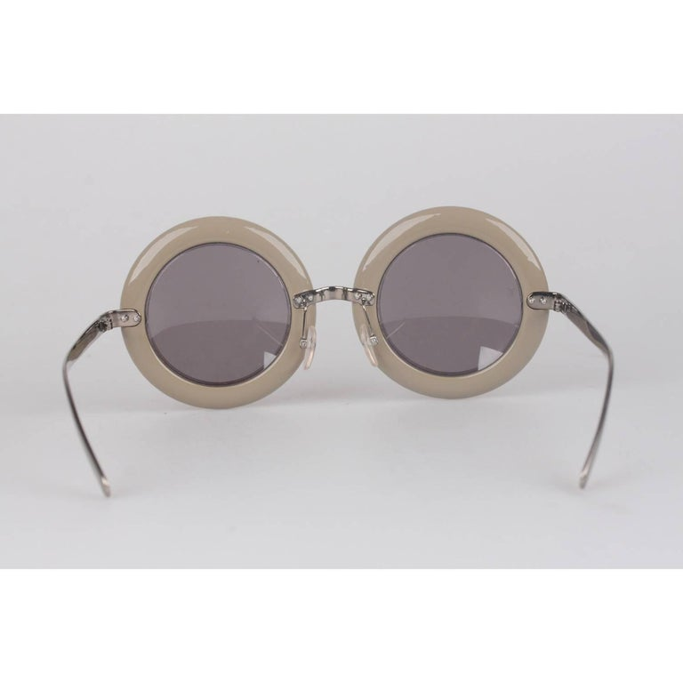 Louis Vuitton Strass Large Round Model Nelly Sunglasses Z0505U   In Excellent Condition For Sale In Rome, Rome