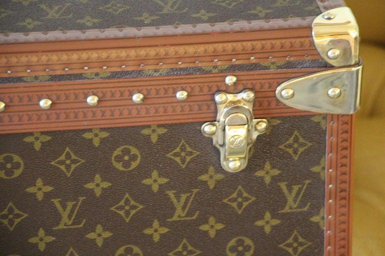 Women's or Men's  Louis Vuitton Suitcase, Alzer 80 Louis Vuitton Suitcase,Large Vuitton Suitcase For Sale