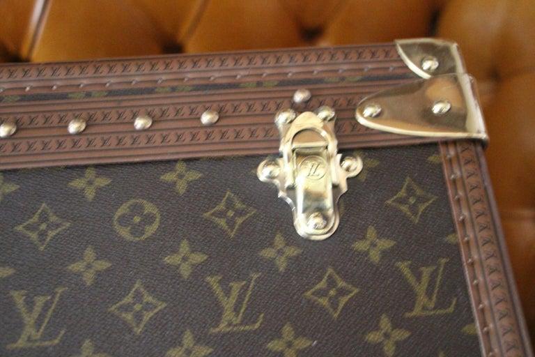 Louis Vuitton Suitcase, Alzer 80 Louis Vuitton Suitcase,Large Vuitton Suitcase For Sale 2