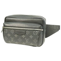 LOUIS VUITTON Taigarama Bam bag outdoor Mens body bag M30245 noir
