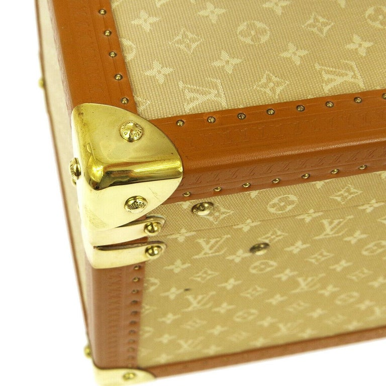 Louis Vuitton Tan Monogram Leather Travel Vanity Top Handle Storage Box Trunk In Good Condition For Sale In Chicago, IL