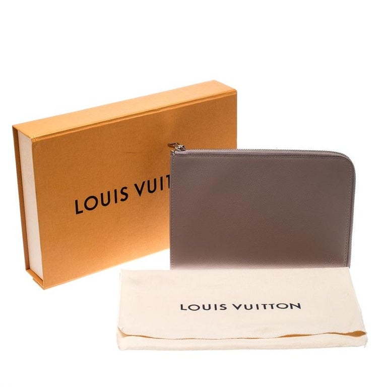 Louis Vuitton Taupe Leather Jules PM Pochette For Sale 9
