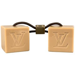 LOUIS VUITTON Taupe Monogram Engraved Cubes Hair Tie