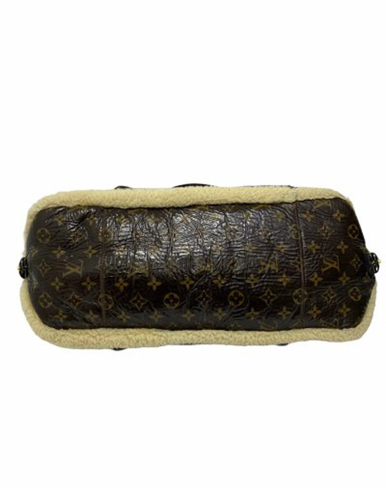 Louis Vuitton Thunder Shearling LE Handbag in Shiny Monogram Leather & Sheepskin For Sale 1