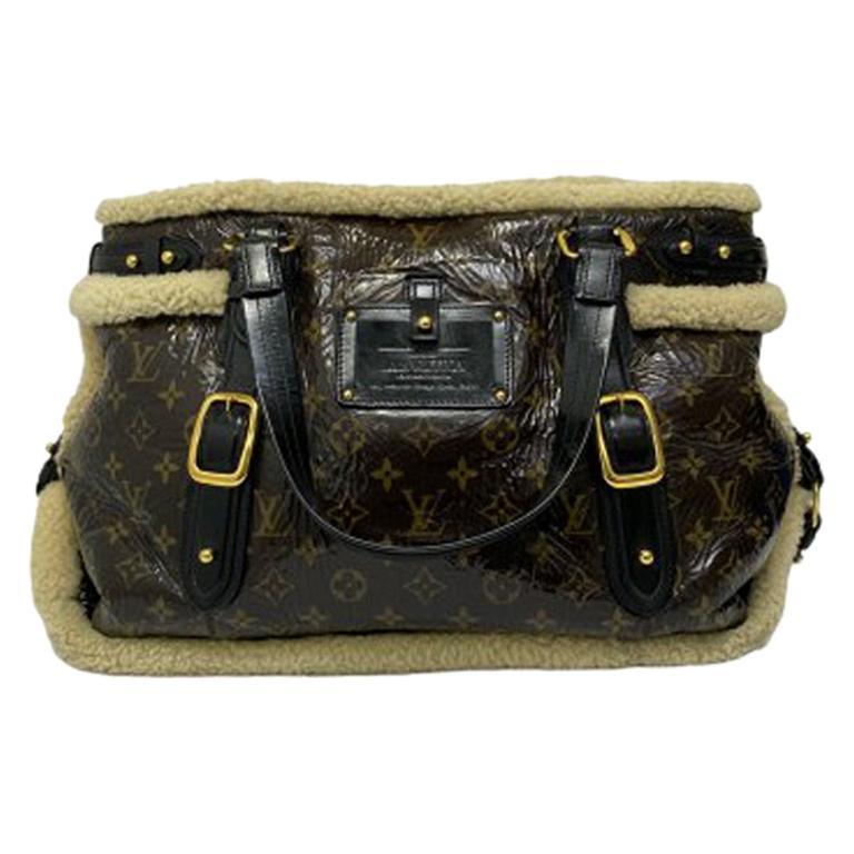 Louis Vuitton Thunder Shearling LE Handbag in Shiny Monogram Leather & Sheepskin For Sale