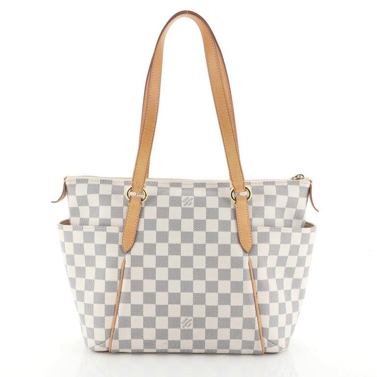 Beige Louis Vuitton Totally Handbag Damier PM  For Sale