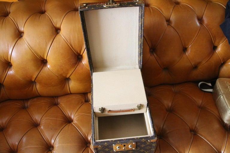 Louis Vuitton Train Case, Louis Vuitton Beauty Case, Louis Vuitton Jewelry Case For Sale 8