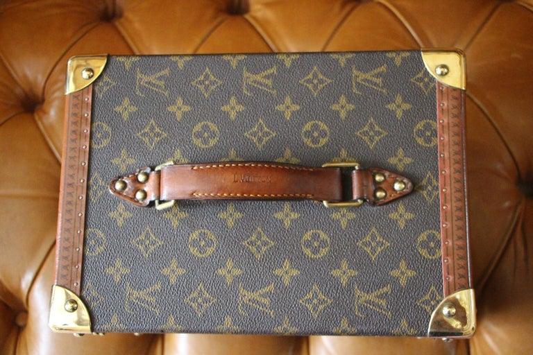 Women's or Men's Louis Vuitton Train Case, Louis Vuitton Beauty Case, Louis Vuitton Jewelry Case For Sale
