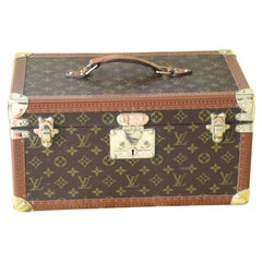 Louis Vuitton Train Case, Louis Vuitton Boite Pharmacie, Louis Vuitton Case 1