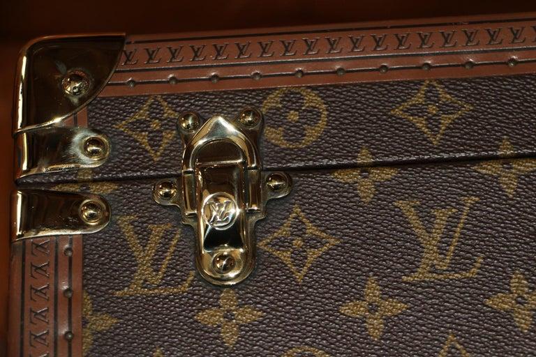 Late 20th Century Louis Vuitton Train Case, Louis Vuitton Jewelry Case, Louis Vuitton Beauty Case For Sale