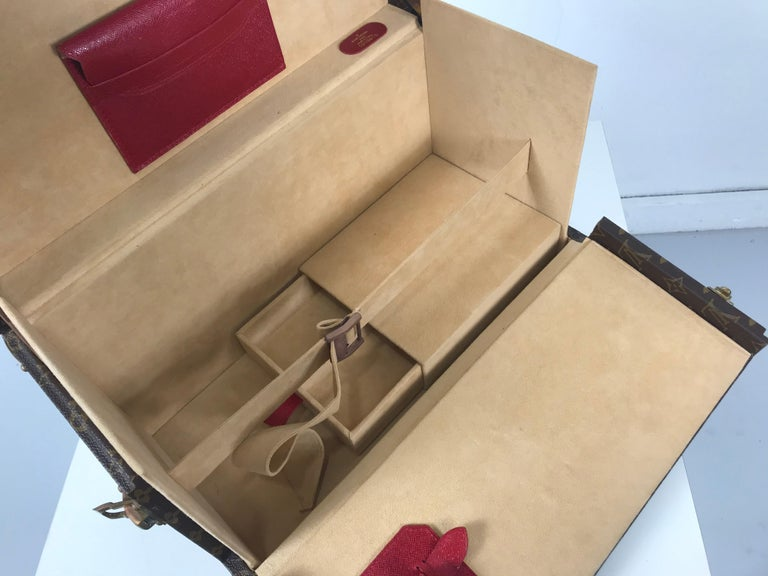 Louis Vuitton Train Case, Vuitton Boite Pharmacie, Cosmetic Case 1010670, Paris For Sale 3