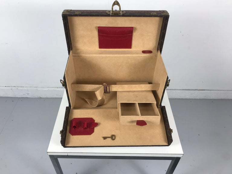 Louis Vuitton Train Case, Vuitton Boite Pharmacie, Cosmetic Case 1010670, Paris For Sale 4
