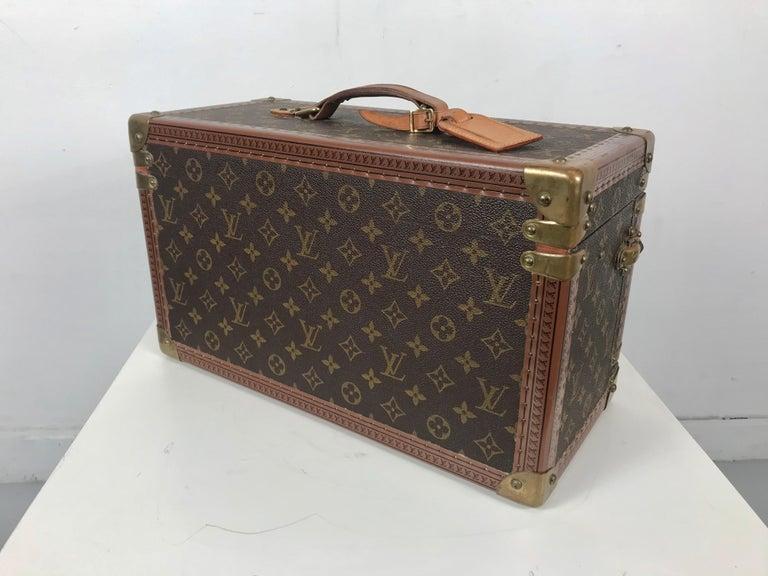 French Louis Vuitton Train Case, Vuitton Boite Pharmacie, Cosmetic Case 1010670, Paris For Sale