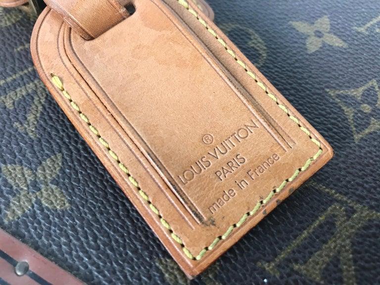 Louis Vuitton Train Case, Vuitton Boite Pharmacie, Cosmetic Case 1010670, Paris In Good Condition For Sale In Buffalo, NY