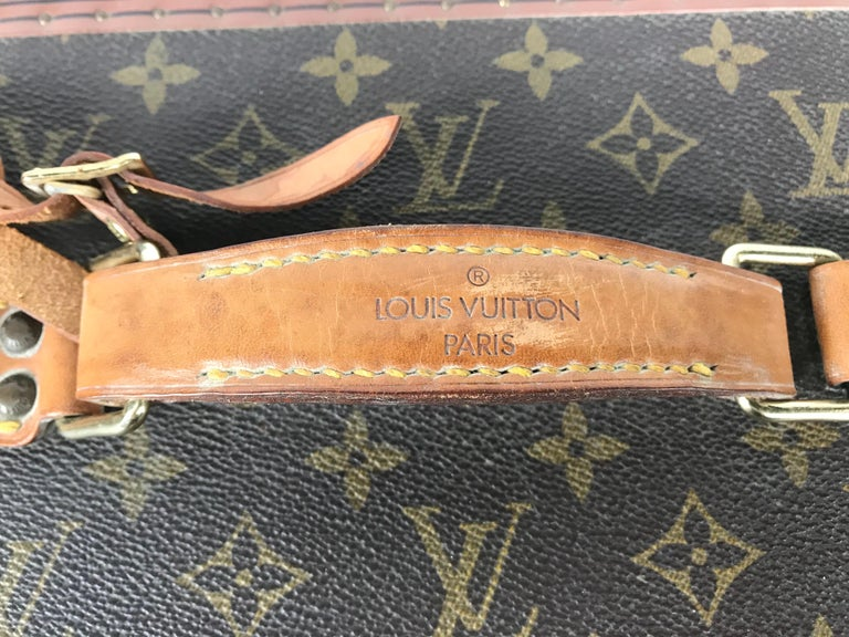 20th Century Louis Vuitton Train Case, Vuitton Boite Pharmacie, Cosmetic Case 1010670, Paris For Sale