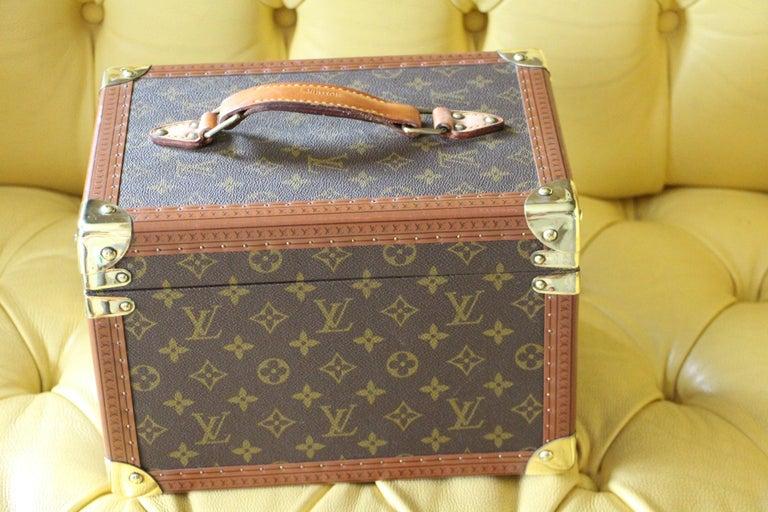 Canvas Louis Vuitton Train Case, Louis Vuitton Beauty Case