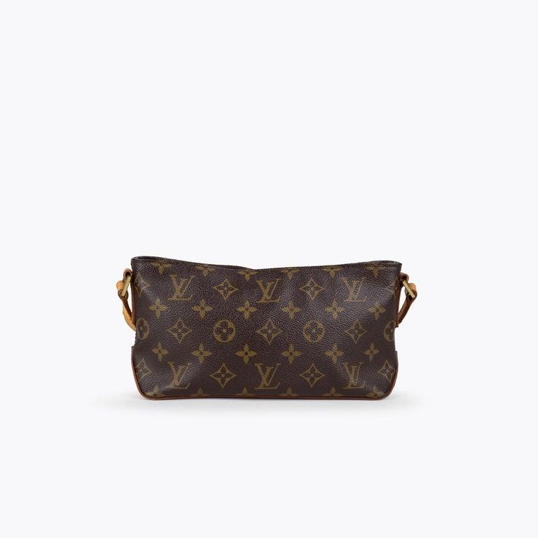 Black Louis Vuitton Trotteur Crossbody Bag For Sale