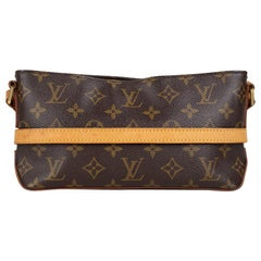 Louis Vuitton Trotteur Crossbody Bag