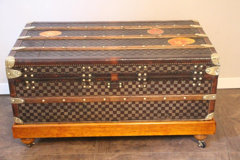 Louis Vuitton Trunk in Checkered Pattern, Damier Louis Vuitton Steamer Trunk For Sale 4