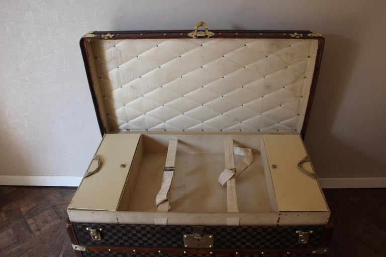 Louis Vuitton Trunk in Checkered Pattern, Damier Louis Vuitton Steamer Trunk For Sale 7