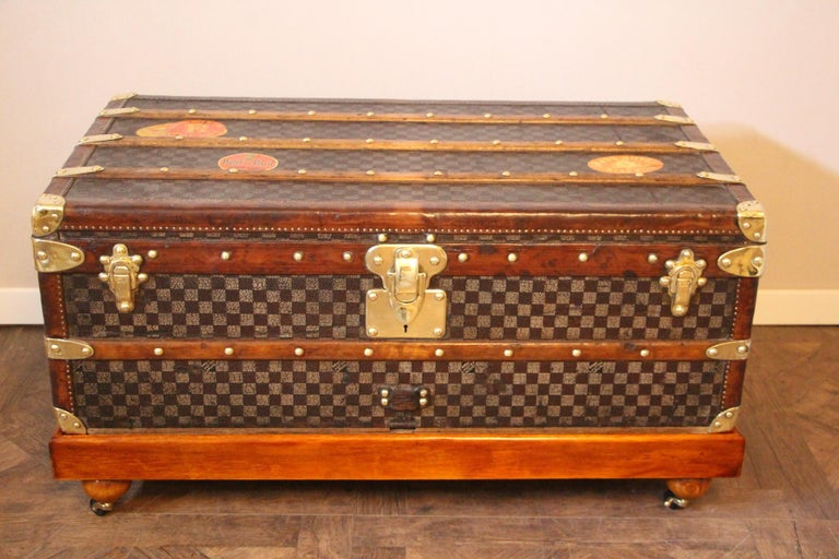 This beautiful Louis Vuitton trunk features the very rare and sought after checkered pattern canvas. This canvas that also called damiers canvas is typical from the end of the 19th century. Moreover, this trunk is a high end one as far as it