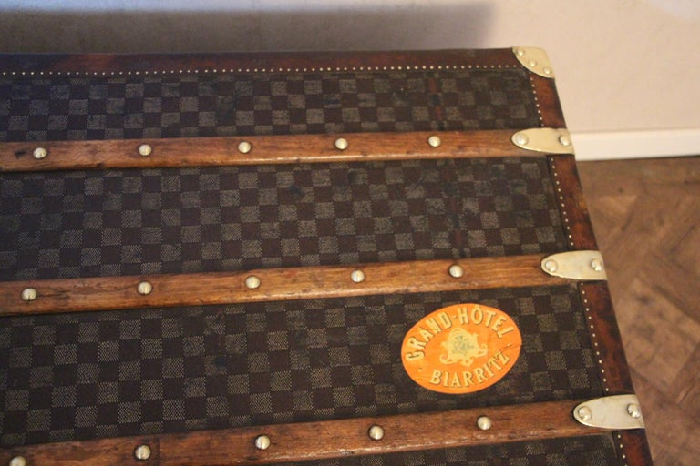 Louis Vuitton Trunk in Checkered Pattern, Damier Louis Vuitton Steamer Trunk For Sale 1