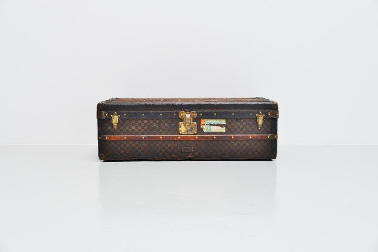 Gray Louis Vuitton Trunk in Damier Canvas, 1910s For Sale