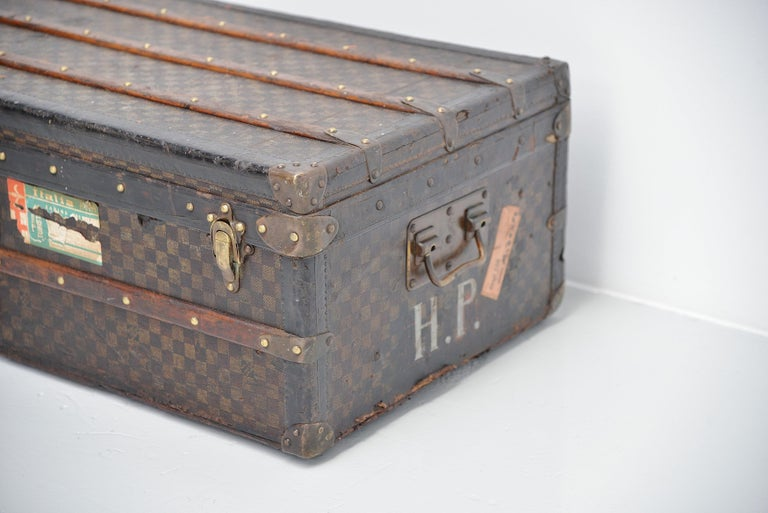 Louis Vuitton Trunk in Damier Canvas, 1910s In Good Condition For Sale In Roosendaal, NL