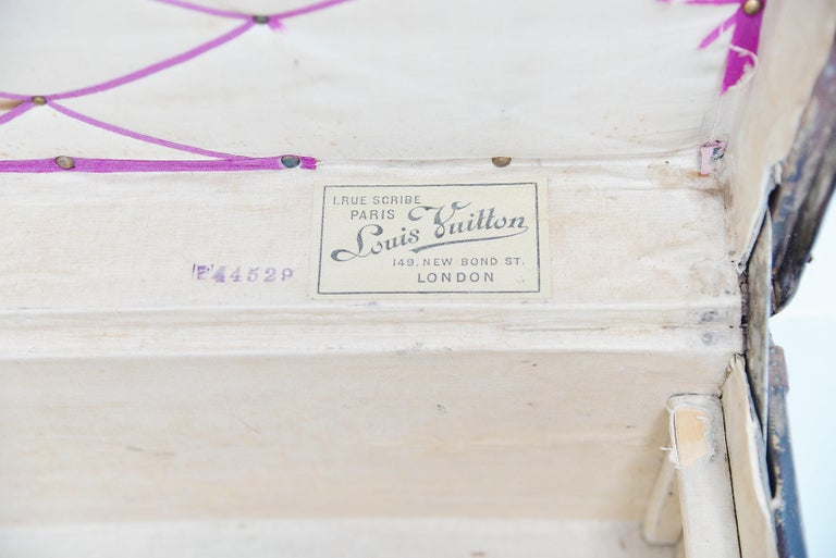 Louis Vuitton Trunk in Damier Canvas, 1910s For Sale 3
