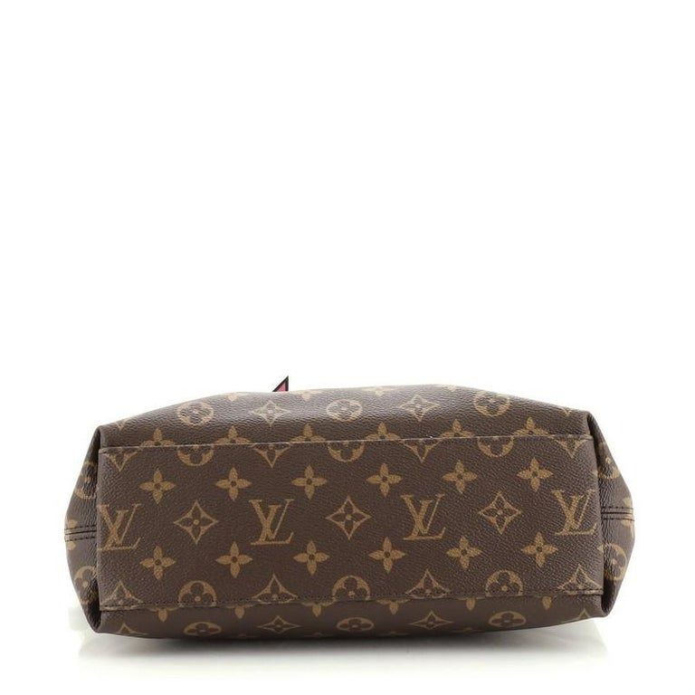 Louis Vuitton Tuileries Besace Bag Monogram Canvas with Leather In Good Condition For Sale In New York, NY